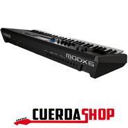YAMAHA MODX7 (Sintetizador compacto 76 Teclas)